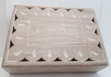 "12x9"" CARVED Mango Box SCALLION WHITE DESIGN"
